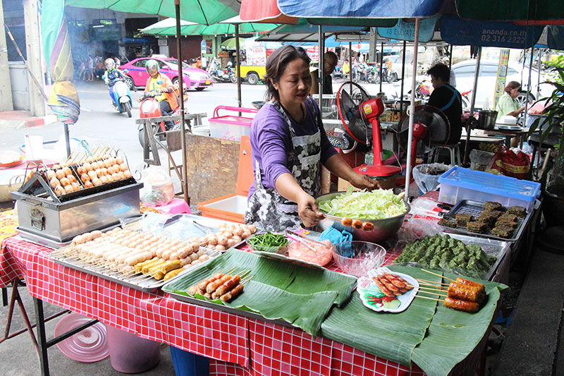 Thonburi Market