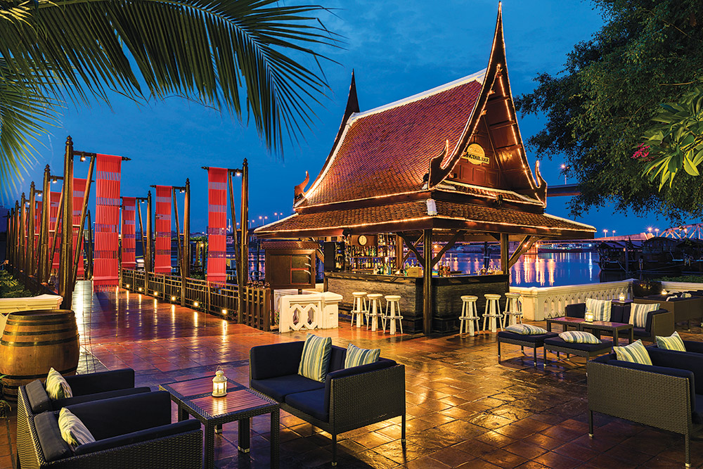 Anantara Riverside's Longtail Bar
