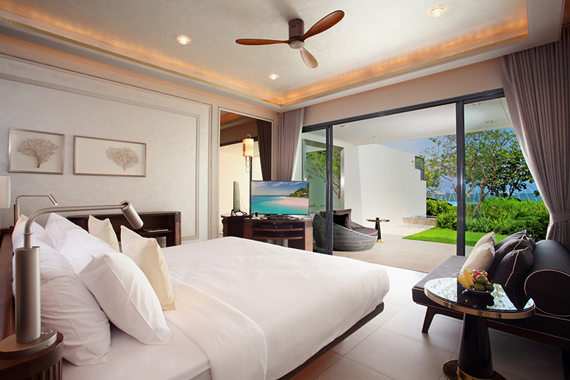The ground-floor Beachfront Pool Suite