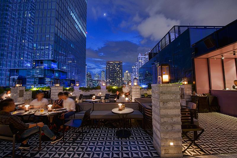 Vogue Lounge - MahaNakhon CUBE, 6th Floor