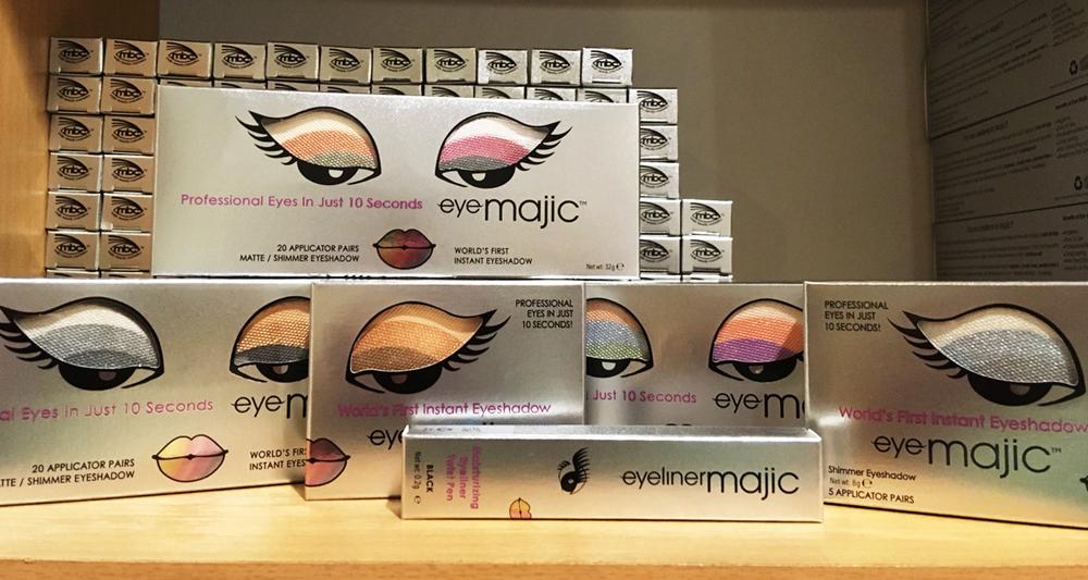 Majic Beauty's eyeMajic eyeshadow