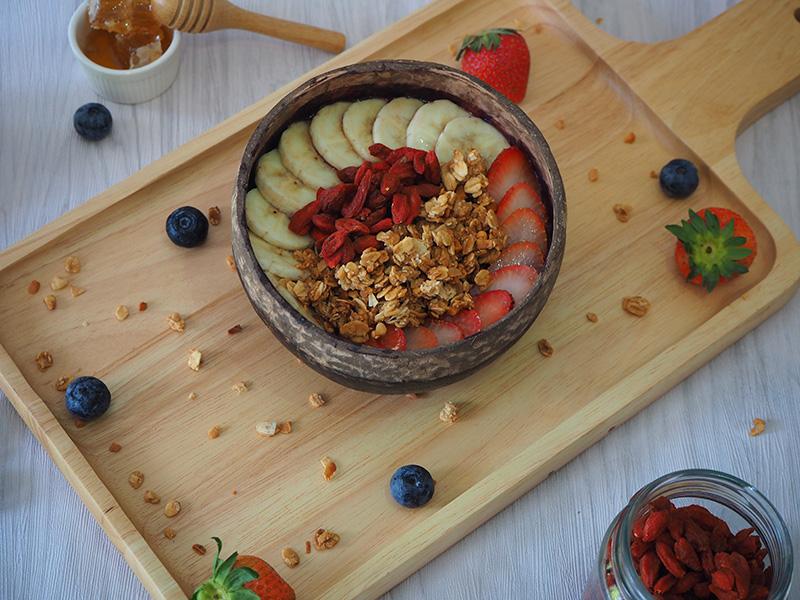 The standard bowl size at MAKAI AÇAI