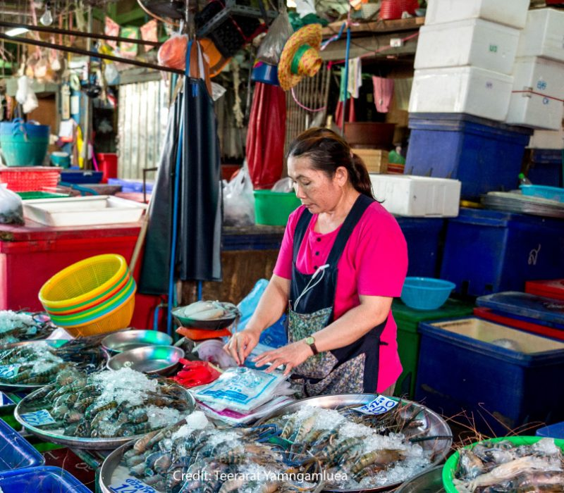 Market Buzz in Klong Toey