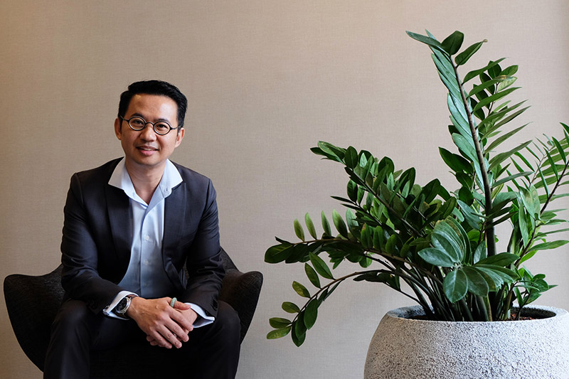Dhanawat Rewatbowornwong, Verita Health MahaNakhon's General Manager