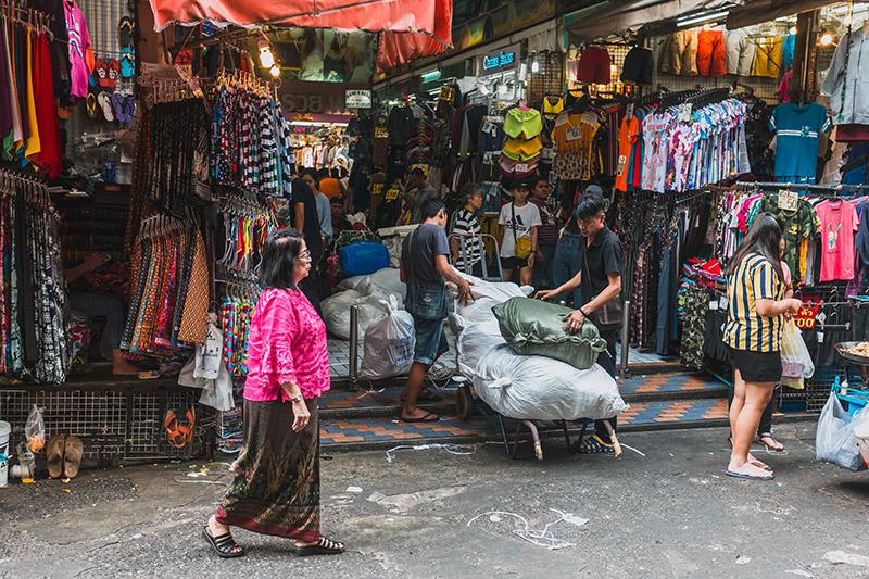 Pratunam, Bangkok, Thailand - Urban Affairs Magazine