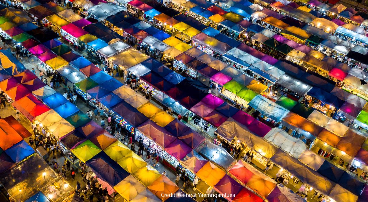 Rod Fai Market Ratchada - Urban Affairs Magazine Bangkok